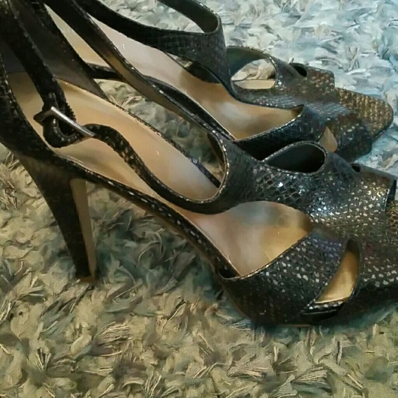 Nine West Shoes - NINE WEST metallic snake skin heels