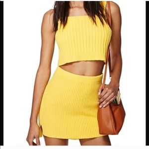 NWT NASTY GAL WALKING ON SUNSHINE SWE MINI SKIRT M