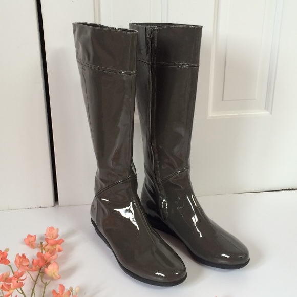 a1a5838c997 Cole Haan Shoes - Cole Haan rain boots