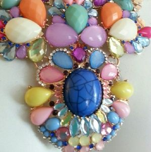 Jewelry - Pink yellow blue gold multi colored stone necklace