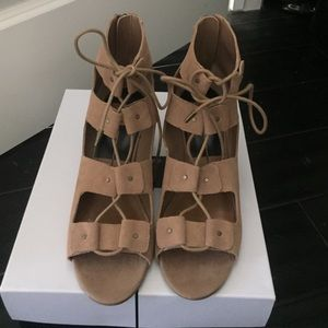 Nwt Dolce Vita Suede