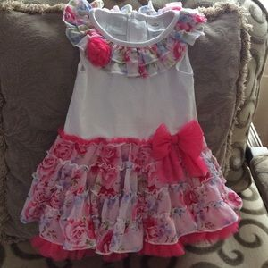 Other - NEW baby girl 18 months gorgeous floral dress