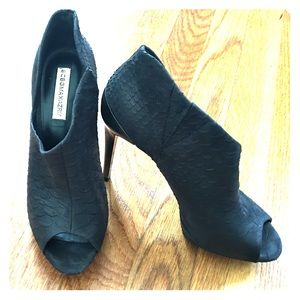 BCBG MAXAZRIA black snakeskin stiletto booties