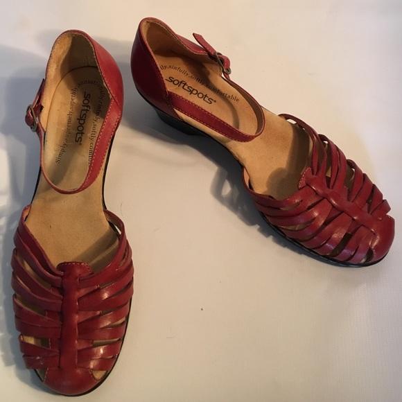 9291493476 Soft Spot Huarache sandals nwot. M 57a8f84cfbf6f9276000ec50
