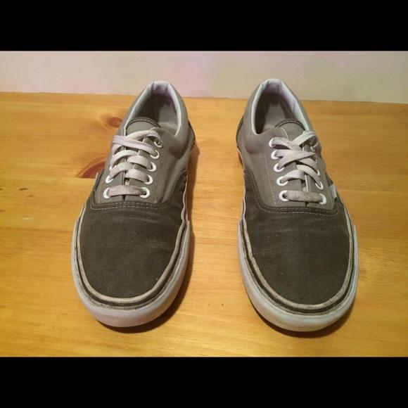 mens white vans shoes 9.5