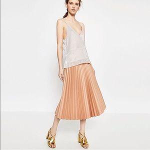 Zara Dresses & Skirts - ❤️HOST PICK🎈Zara woman coated &pleated midi skirt
