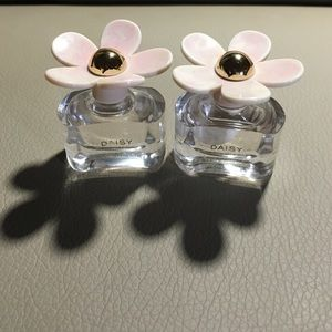 Marc Jacobs Other - Ea so Fresh by Marc Jacob bundle of 2 4ml perfume