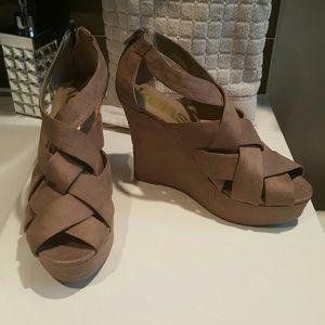 Kensie Girl Shoes - 🆕 Kensie girl wedges