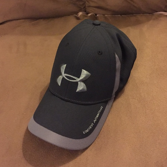 Under Armour Accessories Black And Grey Fitted Under Armor Hat