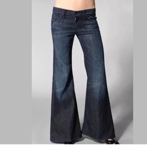 7 for all mankind super flare jeans Sz 24 DK wash
