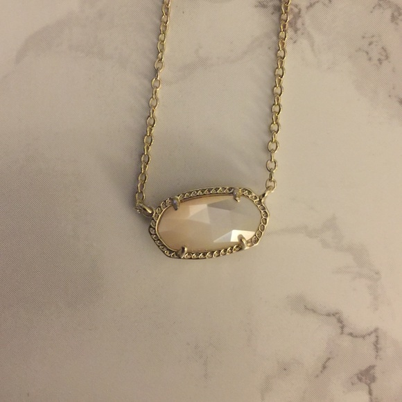 Jewelry - Kendra Scott white necklace