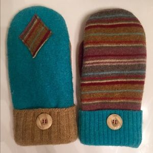 Accessories - Wool mittens