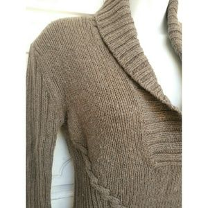 Old Navy Sweaters - HOST PICK - Brown long sleeves chunky sweater