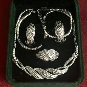 Wrapped in Love Diamond twist in sterling silver