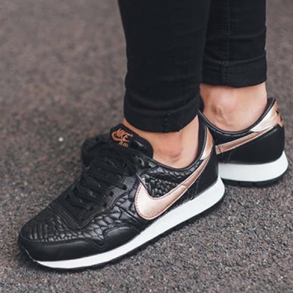 official photos 3aab5 b329b Nike Air Pegasus 83 Premium Quilted. M57a953d94e95a32d7a01d5e0