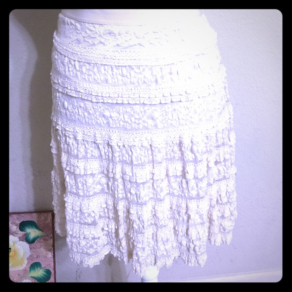 MAX STUDIO Cream Lace Skirt [SK-19]