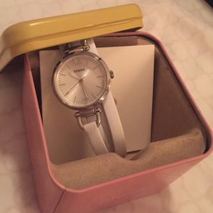 Leather white fossil watch in box