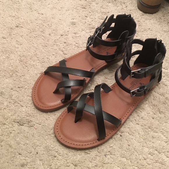 Black Strappy Sandals | Poshmark