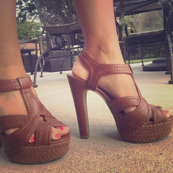 dada5cd10633 LC Lauren Conrad Shoes - LC Lauren Conrad Brown Heels