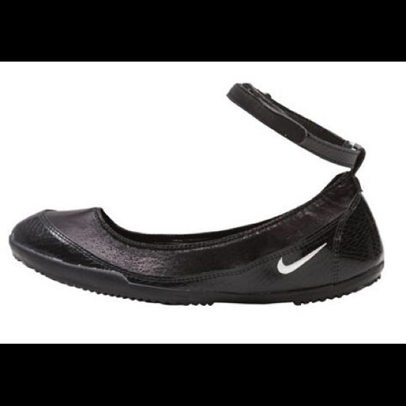 Poshmark Flats Shoes Ballerina Ballerina Poshmark Flats Shoes Flats Ballerina Nike Nike Shoes Nike qftTwxE7E