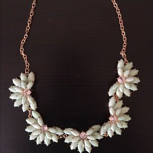 Brand new mint green floral necklace! Gorgeous!