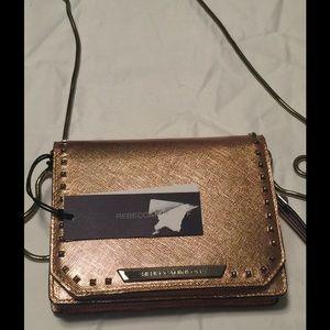 Rebecca Minkoff Handbags - NWT Rebecca Minkoff Crossbody Bag! Silver Chain.
