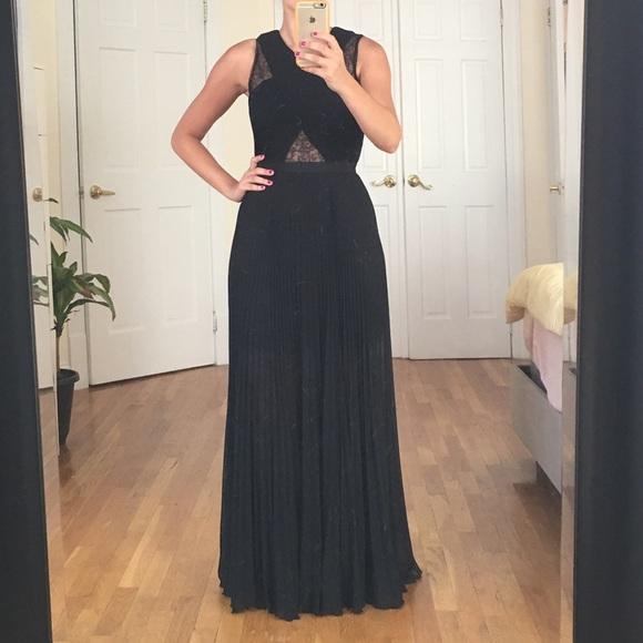 d7b0a74cbc8e BCBGMaxAzria Dresses | Bcbgmaxazia Caia Pleated Gown | Poshmark