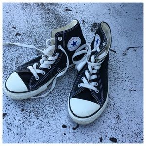 Converse Other - Converse hightop Chuck Taylor's Youth