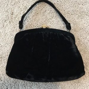 Bags - Vintage black velvet evening bag