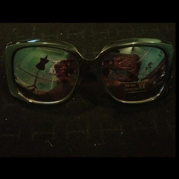9ed7c45093 cat-eyed K fashion designer glasses