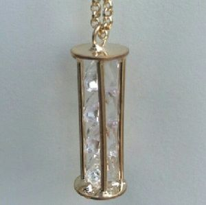 Jewelry - Hourglass crystal pendant and chain