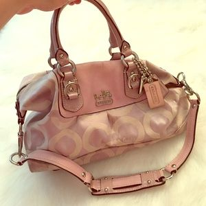 Gently loved coach signature satchel in lilac