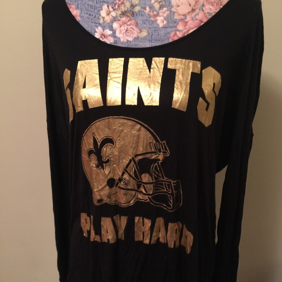 premium selection 86309 7ef52 Victoria Secret Pink New Orleans Saints shirt