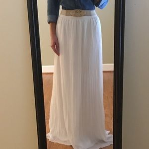 White Extra Long Chiffon Pleated Maxi Skirt