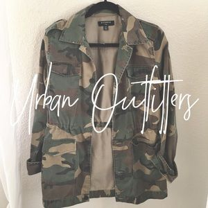Urban Outfitters / camo utility jacket