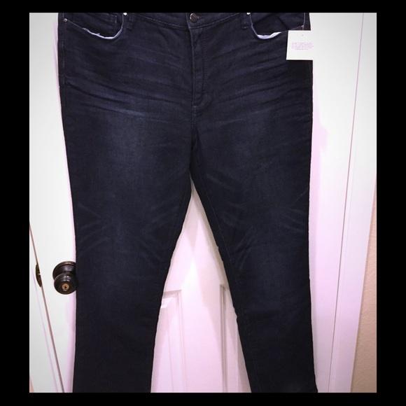 ac05e4957a2e4 NWT DKNY Jeans Dark Blue Sz 16 Soho Classic Skinny