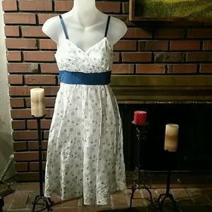 Planet Gold Dresses & Skirts - Planet Gold - White w/Blue Floral Dress Sz XS