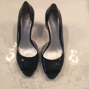 Peep Toe Shiny Black Kitten Heels 8.5