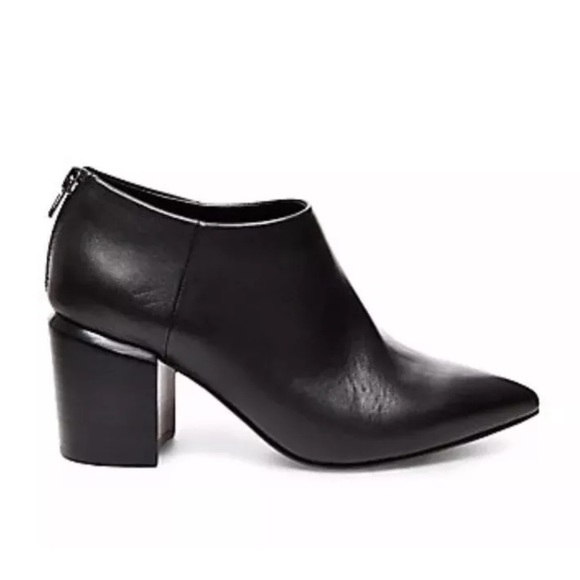 8b30d614dfe Pointy Toe Block Heel Steve Madden ankle boots 7 NWT