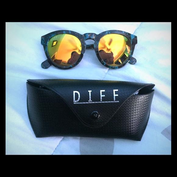 b85901de0cb9 DIFF eyewear Accessories | Dime Ii Sunglasses | Poshmark