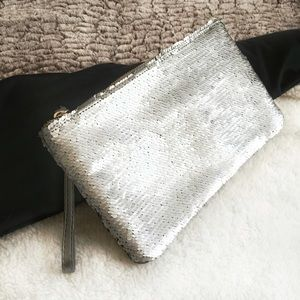 The Limited Handbags - The Limited Silver Sequin Wristlet✨Host Pick✨