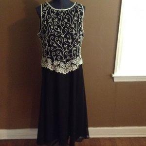 J Kara Dresses & Skirts - Fabulous Beaded Special Event Dress