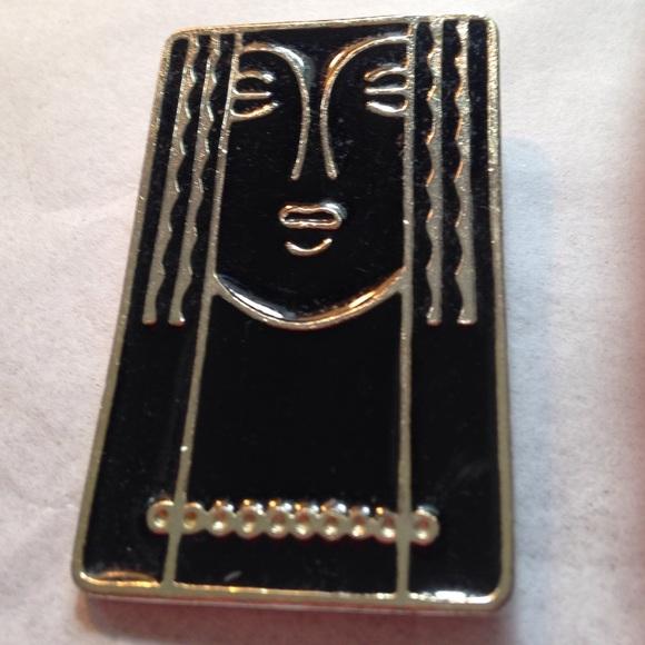 Ritz Jewelry - Face Brooch