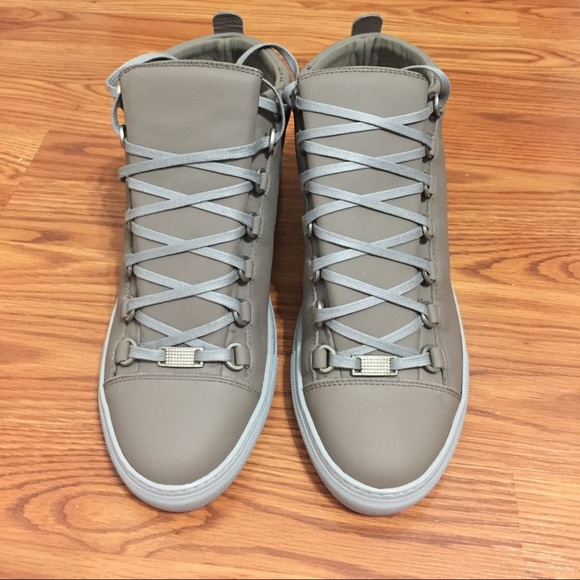 mens balenciaga sneakers for sale 28 images sale balenciaga mens sneakers buyma balenciaga. Black Bedroom Furniture Sets. Home Design Ideas