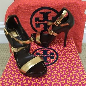 Tory Burch Shoes - 🆑50% OFF🔴Authentic Tory Burch Shoes