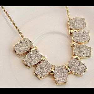 Jewelry - Frosted Pendant Necklace