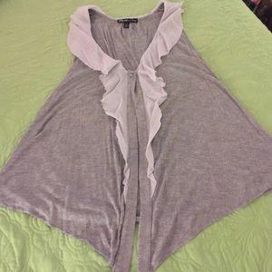 Sweaters - Gray ruffled vest, cute!