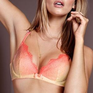 Victoria's Secret Other - Very Sexy Ombré Unlined Lace Bra