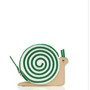 kate spade Handbags - Kate Spade 'Turn Over A New Leaf' Snail Coin Purse