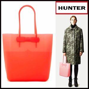 Hunter Boots Handbags - ❗1-HOUR SALE❗HUNTER Original Large Silicone Tote